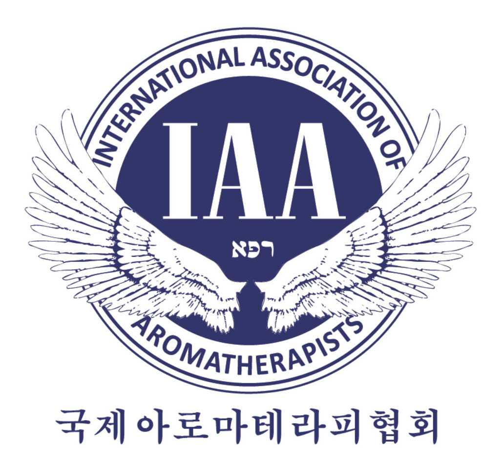 IAA (International Association of Aromatherapists)