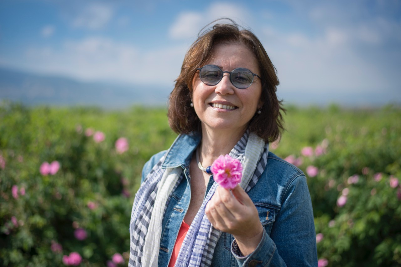 NAHA Webinar Registration: The Historical and Therapeutic Properties of Rose (Rosa damascena)